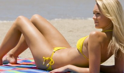hot girls in bathing suits